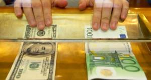 Yatırımcısına bu hafta en çok kaybettiren euro ve dolar oldu