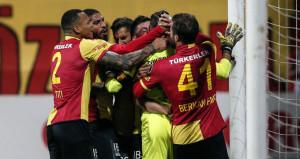 Beşiktaşın İzmir seferi felaketle bitti