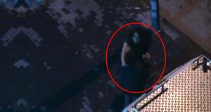 Başka kadınla bastığı sevgilisini, sokak ortasında tekme tokat dövdü
