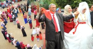 Aşiret lideri 24. çocuğunu evlendirdi! 3 karısı, 200 torunu var