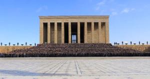 Türkiyenin gurur kaynağından, tam kadro Anıtkabir ziyareti
