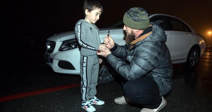 5 yaşındaki çocuğa 300 bin TL'lik araba hediye etti!
