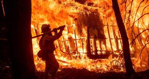 ABD'deki yangında bilanço ağırlaşıyor! Ölü sayısı arttı