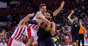 Fenerbahçe, Olympiakosu Yunanistanda avladı!