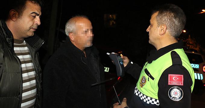 Alkollü sürücü cezayı duyunca çileden çıktı: Aç kalacağım!