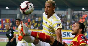 Fenerbahçenin gözden çıkardığı Dirar için teklif yağıyor