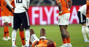 Beşiktaşa kötü haber! Milli maçta sakatlandı