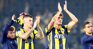 Fenerbahçeli ikili, ayrılık kararı aldı: Bize müsaade
