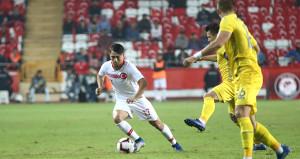 4 maçtır gol atamayan Türkiye, son 15 yılın rekorunu kırdı
