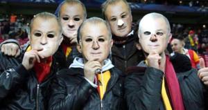 TFF 10 maç ceza verdi, statta 50 bin Fatih Terim olacak
