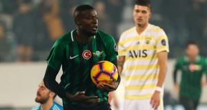 Fenerbahçe, deplasmanda darmadağın oldu