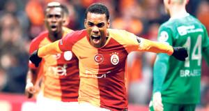Galatasarayın en çok eleştirilen ikilisinin golleri yetmedi