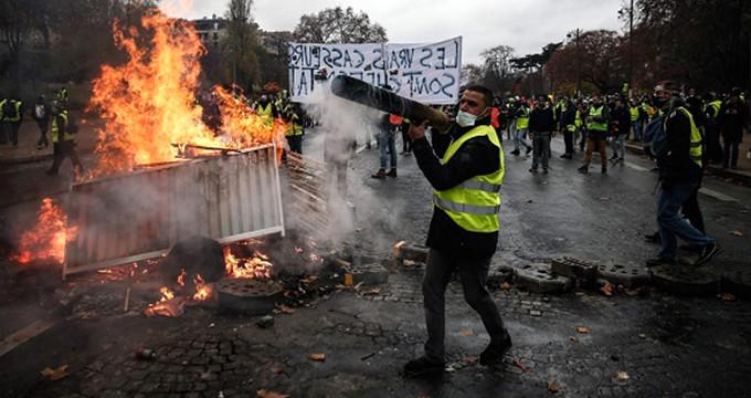 Sarı Yelekliler'in sözcüsünden PKK itirafı: Onlar yakıyor!
