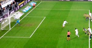 Fenerbahçe maçındaki penaltı, tecrübeli hakemin başını yaktı