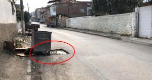Görüntü Türkiyeden! Çöp konteynerinin altından tarih fışkırdı