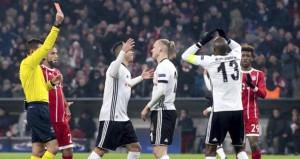 Atiba, Bayern Münih maçında yaptığı hatayı unutamıyor!