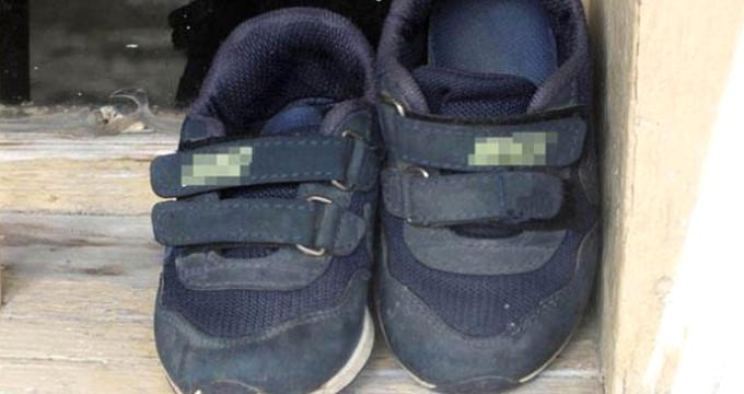 Bu acının tarifi yok! Kapıda ayakkabıları gören gözyaşlarını tutamadı