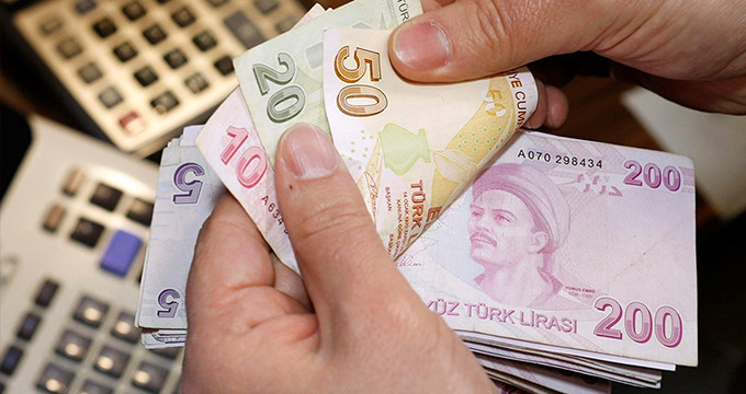 """CHP'nin """"2200 TL asgari ücret"""" açıklamasına AK Parti'den yanıt geldi!"""