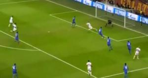 Erenin kaçırdığı gol, Galatasaraylıları çıldırttı!