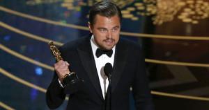 Aldığı Oscarı iade etmek zorunda kaldı!