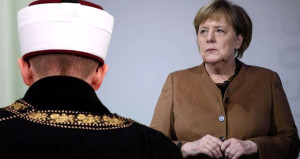 Merkelden imamlar için dikkat çeken karar! Çalışmalar başlıyor