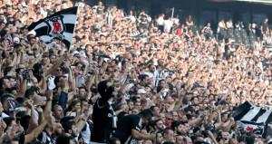 Beşiktaşlı taraftarlardan büyük destek!