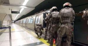 Görüntü bugün İstanbul metrosunda çekildi!