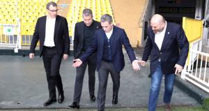 Fenerbahçeyla anlaşan Ersun Yanal, stat turu attı