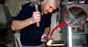 Kendi karışımıyla yaptığı bıçaklar demiri bile kesiyor! Tanesi 2 bin TL