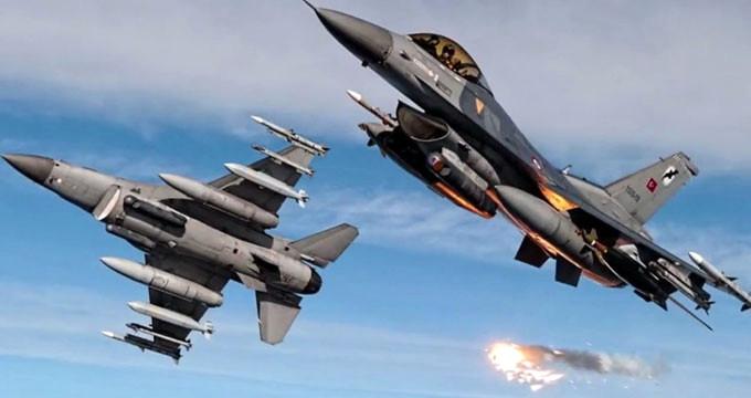 Peş peşe havalanan Türk savaş uçakları 30 hedefi yerle bir etti