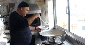 Ünü Türkiyeyi aştı! Bu eşsiz lezzet için Yunanlılar akın akın geliyor