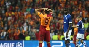 Galatasaray taraftarından Eren Derdiyoka destek!