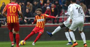 Kayserispor, Akhisarın işini tek golle bitirdi
