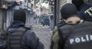 Diyarbakırda sıcak çatışma! Yaralılar var