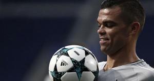 Pepe Beşiktaşı bıraktı, takımlar peşine düştü