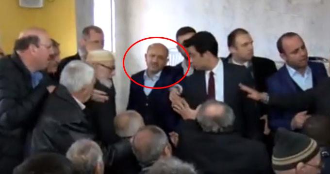 Salonda gerginlik! AK Partili vekil çok sinirlendi: Atın bunları dışarı
