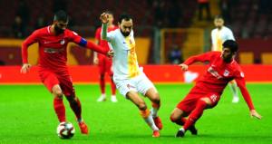 Galatasaray, gençleriyle turladı!