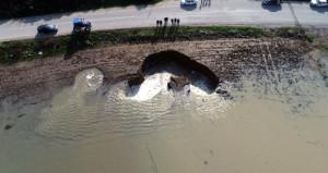 İzmirliyi ürküten görüntü! Aşırı yağışlardan sonra ortaya çıktı
