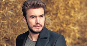 Ünlü şarkıcı Mustafa Ceceli aşka geldi!