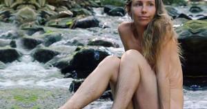 Ormanda yaşamayı seçen YouTuber, tüylü fotoğraflarıyla şoke etti