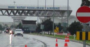 Alarm verildi, havaalanı araç trafiğine kapandı!