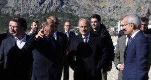 Bakan Turhan, İzmir ve Antalyayı birbirine bağlayacak projeyi açıkladı