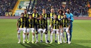 Fenerbahçeli taraftarlardan 2 oyuncuya büyük tepki!