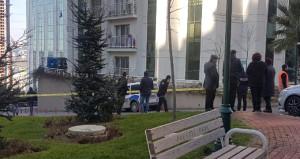 İstanbul polisi alarmda! Şüpheli paketten bomba ve mermiler çıktı