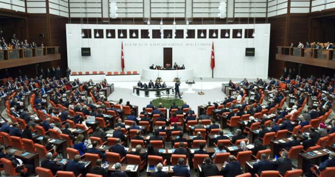 Meclis'te kabul edildi! Emeklileri sevindiren gelişme