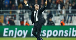 Şenol Güneş, Süper Ligdeki 300. galibiyetini elde etti!
