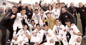 Finalde İspanyayı deviren milli takım, Ege Kupasını kaptı