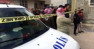 Sokaktaki tüm kadınları hüngür hüngür ağlatan aile vahşeti