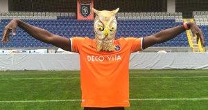 Galatasarayın gündemindeki yıldıza Başakşehir formayı giydirdi