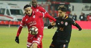Galatasaray maçında golleri kaçırdı! 2 saat sonra kovuldu